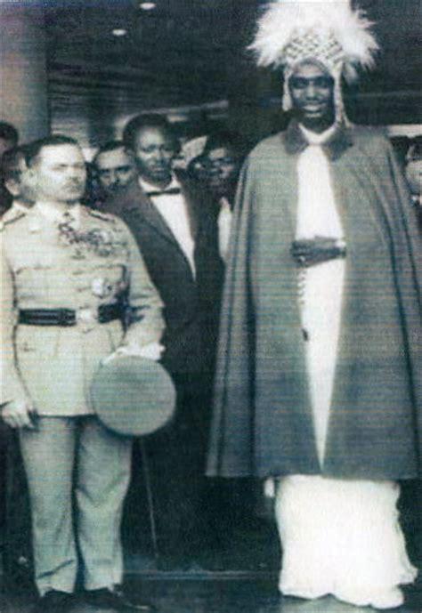 reader rwanda mwami king