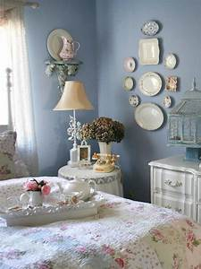 Embrace Your Inner Brit With Shabby Chic | HGTV