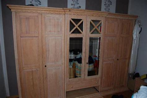 pinienmöbel gekälkt und gebürstet kleiderschrank pinie bestseller shop f 252 r m 246 bel und einrichtungen