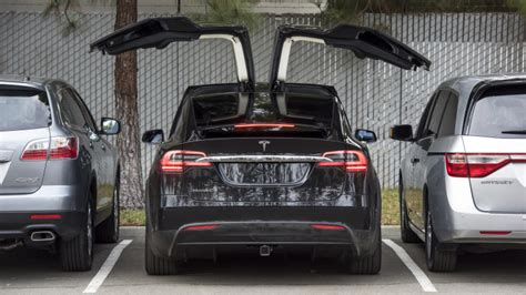 Tesla Suv Horsepower by Most Expensive Tesla Model X Configuration Costs 150 000
