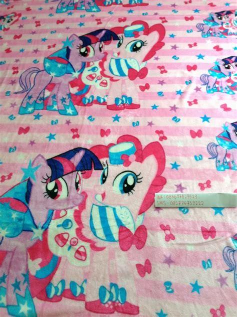 Karpet Karakter Kuda Pony jual selimut halus lembut karakter hello