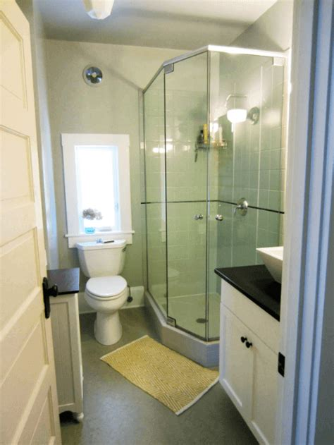 Ideas For Small Bathrooms With Pictures by 37 Comfortable Small Bathroom Design And Decoration Ideas