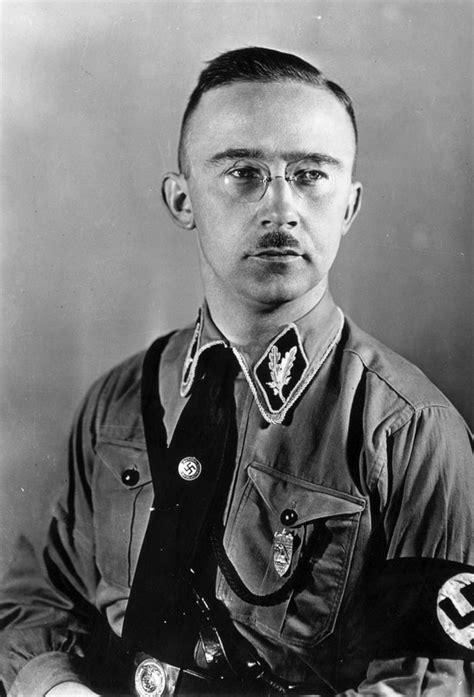 Adolf Hitler Nazi Book Auction 'who's Who' Book Of 30,000