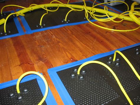 ma restoration  floor drying mats