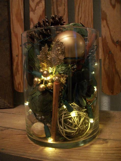 Vase Dekorieren Weihnachten by Large Vase Filled With Pinecones Potpouri And Battery