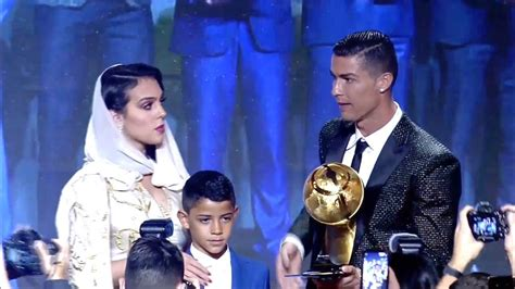 Ronaldo wins Men's Best Player of the Year at 2019 Globe ...