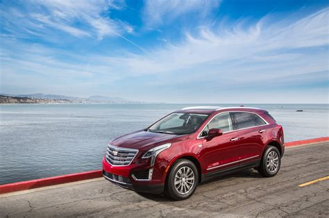 cadillac xt wallpapers images  pictures backgrounds