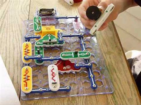 Snap Circuits Fun Safe Electricity Projects Youtube