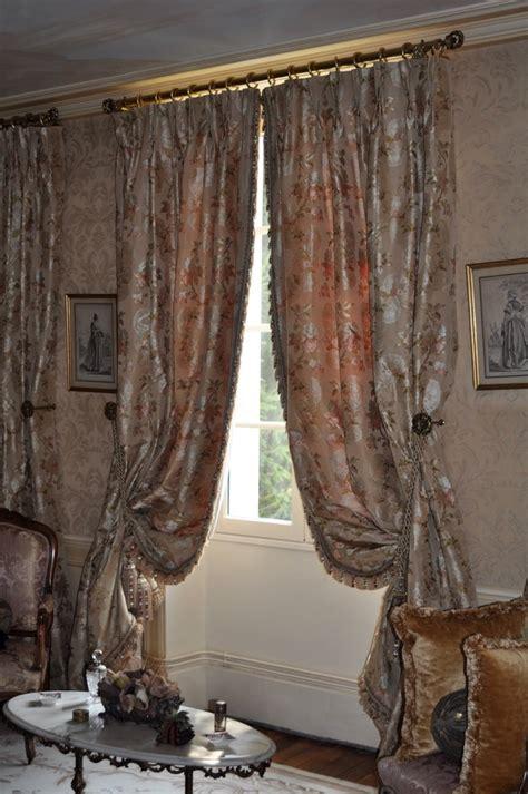 rideaux en soie de style classique tissu leli 232 vre atelier secrea