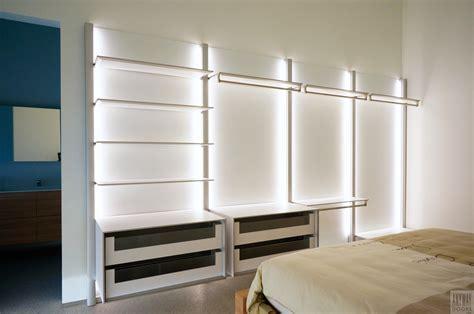 chambre avec dressing ouvert dressing ouvert chambre avec led intégré anyway doors