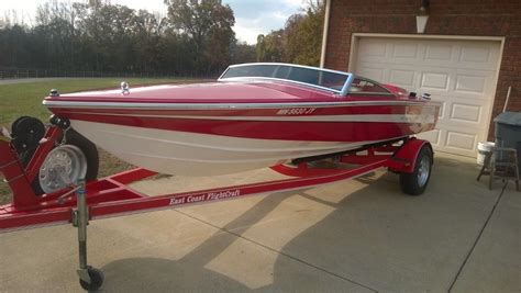 Donzi Boat Windshield by Donzi Classic 18 1996 For Sale For 1 Boats From Usa