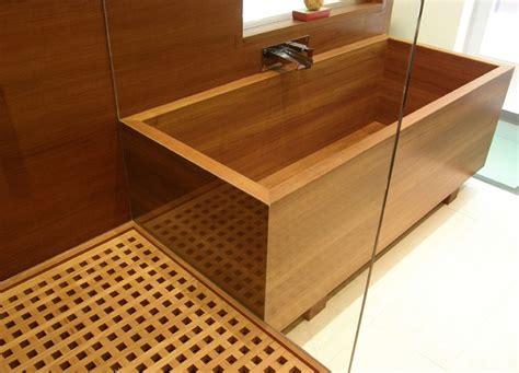 wiliam garvey standard teak bath  teak shower grid