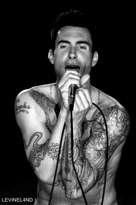 Great close ups of many tatts   Adam Levine in 2019   Adam levine, Maroon 5, Beautiful men