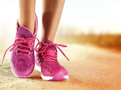 Tips Kecantikan Untuk Wanita Hamil Pentingnya Memakai Sepatu Saat Berolahraga Tips Dokter