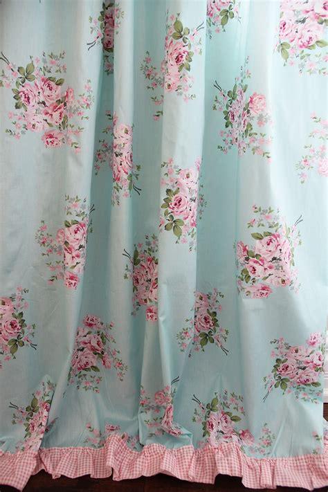 beautiful shabby chic curtain