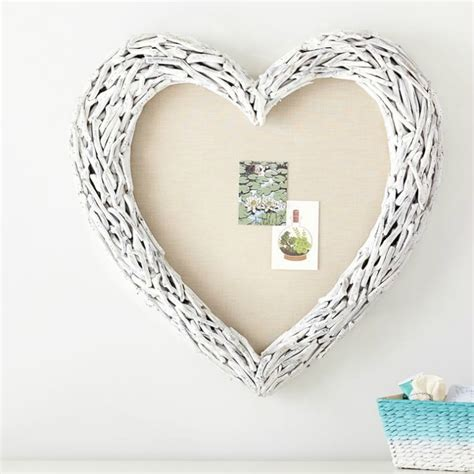 A decorative heart made from pieces of driftwood that can be wall hung or set on a shelf or table top. Decorating with Driftwood: Favorite Home Accessories ...