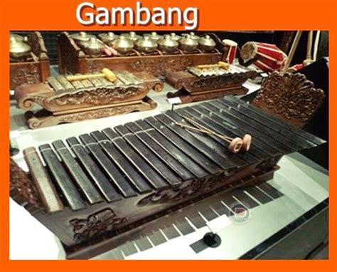 Laras pelog adalah tangga nada pentatonis yang menggunakan nada (dibaca ji ro lu pat mo nem pi). Alat Musik Tradisional Provinsi Jawa Tengah   DTECHNOINDO