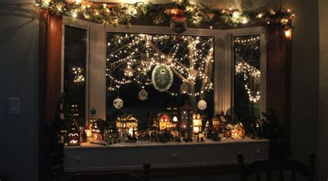 windows christmas decorations ideas  displays