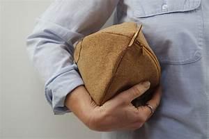 Kleine Geschenke Für Männer : diy geschenkidee f r m nner kosmetiktasche aus kork kleine geschenke ~ Watch28wear.com Haus und Dekorationen