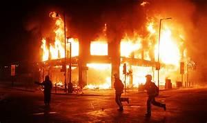 London riots - Photos - The Big Picture - Boston.com
