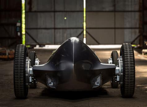 Infiniti Prototype 9 Racer Mixes 1930s Style With 2017 Tech