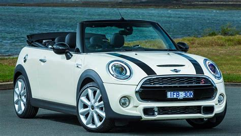 Mini Cooper Car : 2016 Mini Cooper S Convertible Review