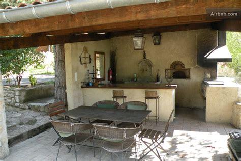 cuisine exterieur le deffend de redon ch terrasse in montbrun les bains