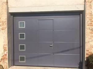 Porte de garage sectionnelle panneau lisse alu glass for Panneau porte garage