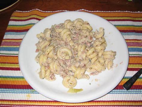 boursin cuisine pasta met tonijn en boursin cuisine recept smulweb nl