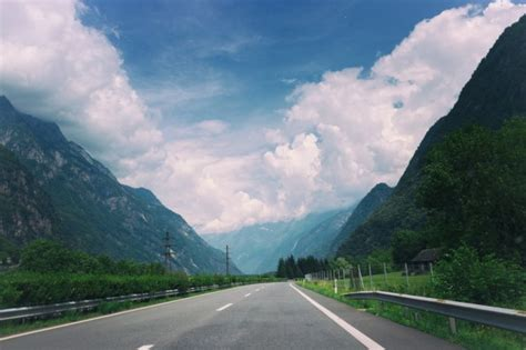 Cloudy sky above the road Photo