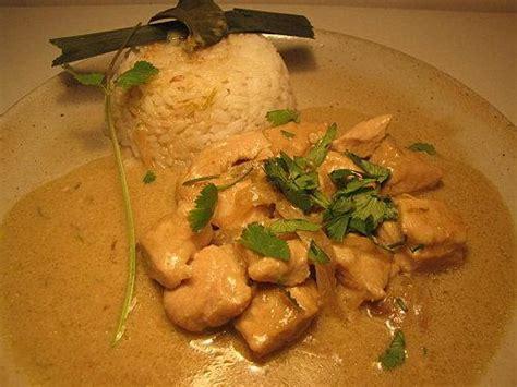 cuisine thailandaise poulet curry de poulet vert recette thailandaise paperblog