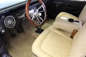 Restored Vintage 1973 Ford Bronco  302 Engine  Manual