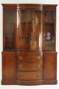 duncan phyfe bow front mahogany china cabinet lot 176