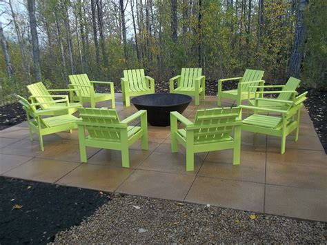 chairs around pit white simple outdoor chairs for the firepit diy