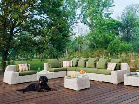 canapé jardin design mobilier jardin 15 idées pour une déco de jardin paradisiaque