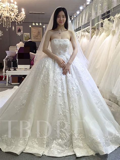 strapless appliques ball gown wedding dress  train