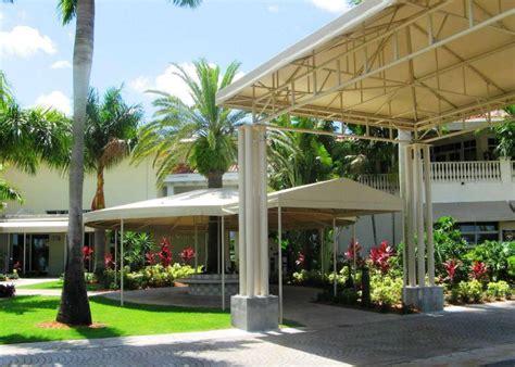 Escalator Canopies & Walkway Covers