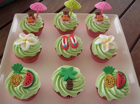Luau Cupcakes/cake-a Gallery On Flickr