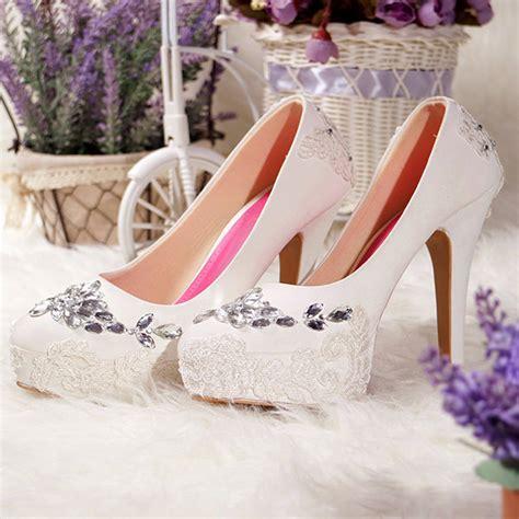 sepatu platfrom gloria putih slightshop