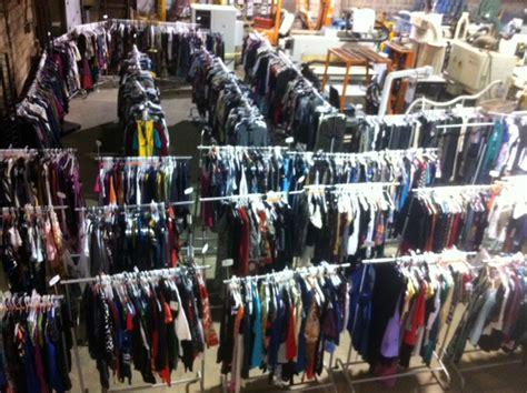 designer fashion warehouse deronde sales inc