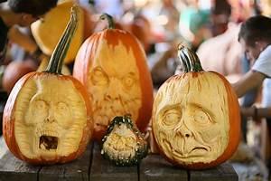 Visage Citrouille Halloween : halloween sculpture de citrouilles au haunted pumpkin garden magazine cheval monchval ~ Nature-et-papiers.com Idées de Décoration