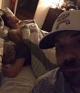 Guy Catches His GF Cheating In Bed With Another Man ...