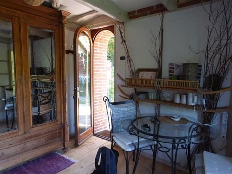 Chambres D'hôte Atypiques B&b (cabrerets, France) Voir