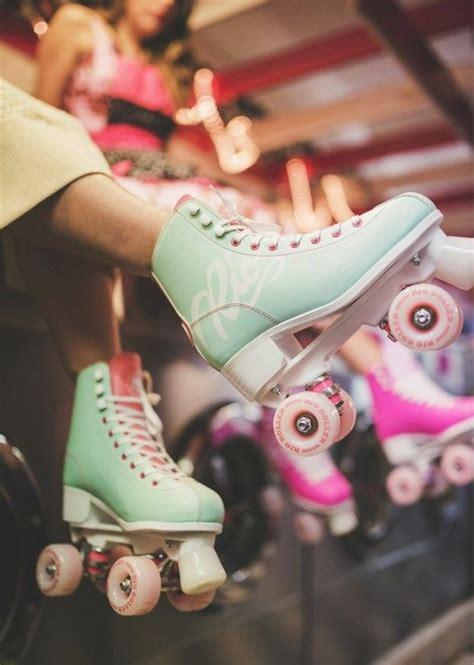 ana maria chanis adli kullanicinin roller skate panosundaki pin ayakkabilar cizmeler