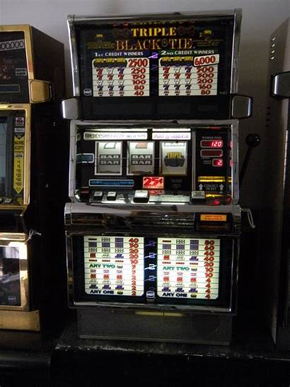 Triple Slot Igt Machines Tie S2000 Reel