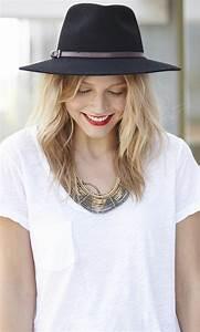 chapeau femme tenue With robe de cocktail combiné avec chapeau de paille blanc homme