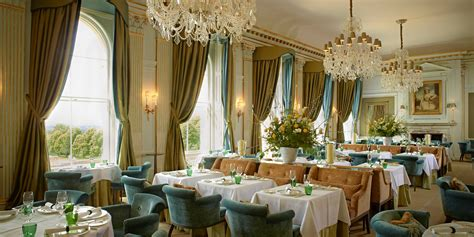 5 Of The Uk's Most Luxurious Restaurants