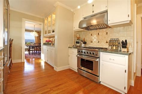 oak floor kitchen hardwood flooring product profile what are and white oak 1135