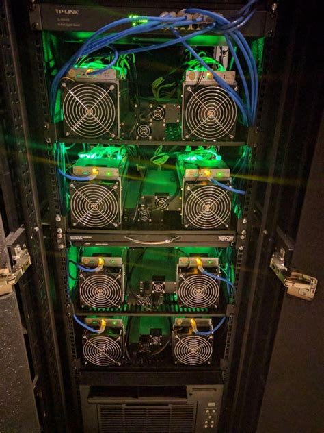 The miners who indulge in asic mining are more developed and sophisticated when they are compared to the traditional miners that use the cpu, gpu, and. bit coins money #cryptocurrencymining #whatisbitcoinmining ...