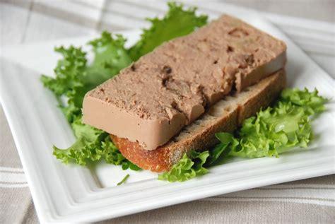 cuisiner des foies de volaille mousse de foies de volaille aux raisins pommes et porto cuisine plurielle